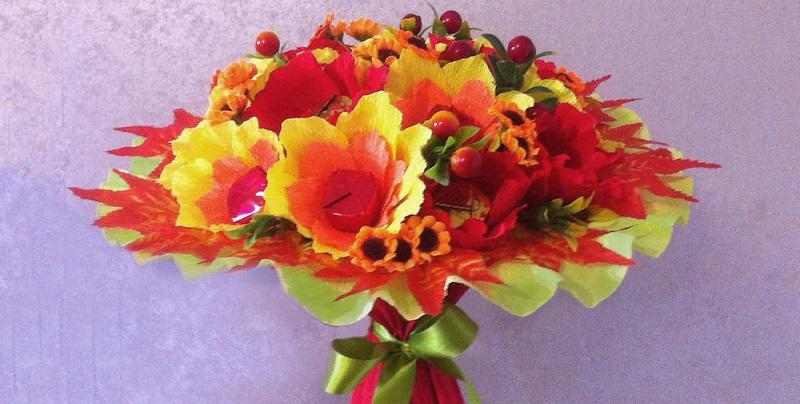 Дарить цветы учителям или нет?